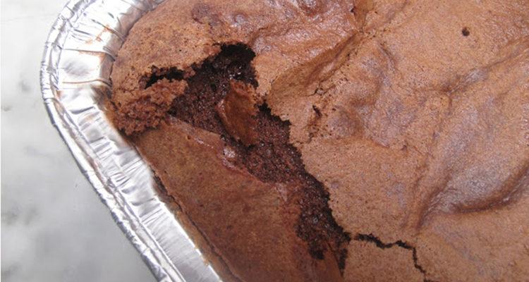 Pastís humit de xocolata