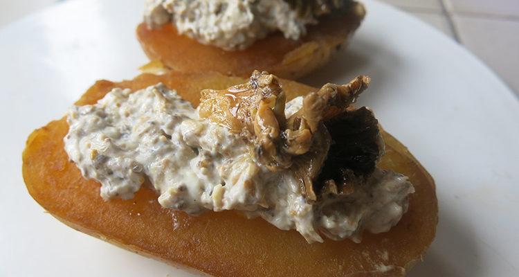 Patates farcides amb crema de camagrocs